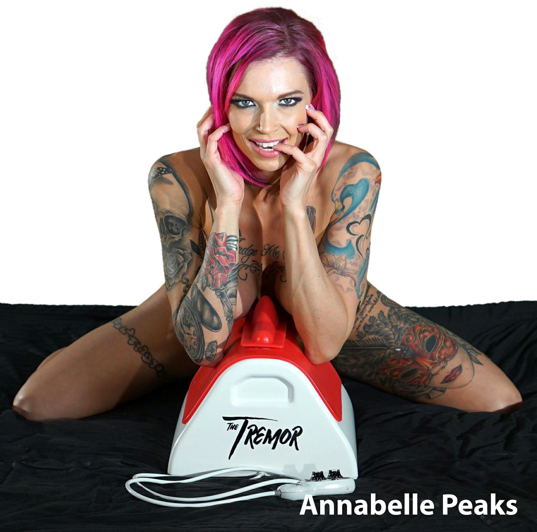 Anabelle Peaks